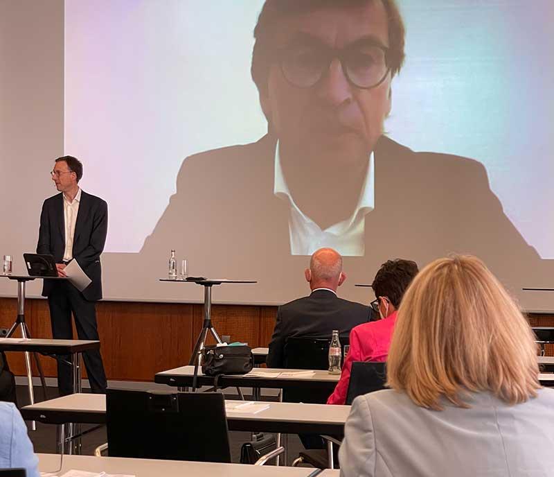 13_Konferenz_Dr_Uwe_Schroeder-Wildberg